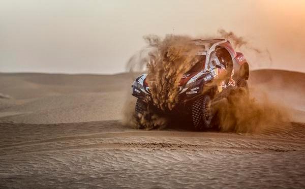Sebastien Loeb correrá para Peugeot en el Dakar 2016