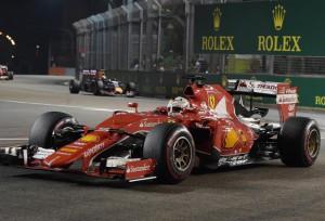 Singapore_F1_GP_Auto_Racing-0a258_20150920152911-klUE--911x683@MundoDeportivo-Web