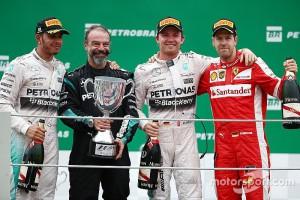 f1-brazilian-gp-2015-podium-race-winner-nico-rosberg-mercedes-amg-f1-second-place-lewis-ha