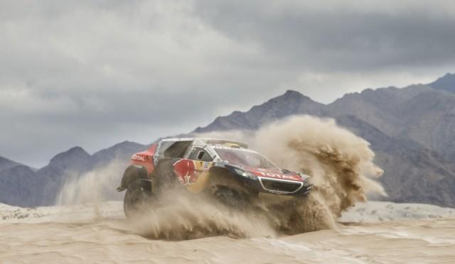 Silk Way Rally 2016 | Tres Peugeot 2008 DKR renuevan el desafío