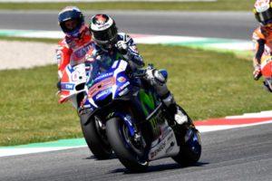 Race 1 Yamaha Lorenzo