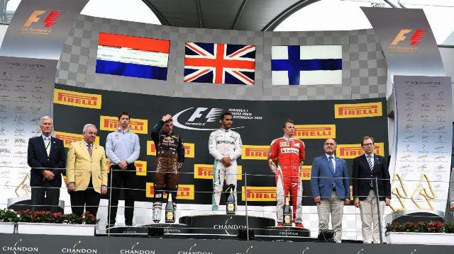 F1 | GP Austria 2016 | en un final inesperado Hamilton levanta la copa