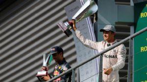 GP Bélgica 2016 Rosberg Mercedes ganan Spa Francorchamps (20)