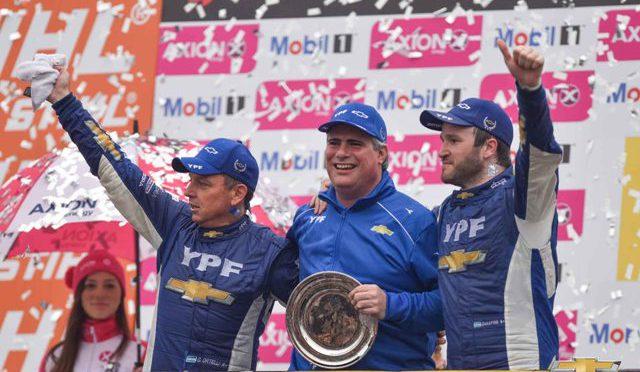 STC2000 | Chevrolet YPF | gana los 200 kilómetros de Buenos Aires