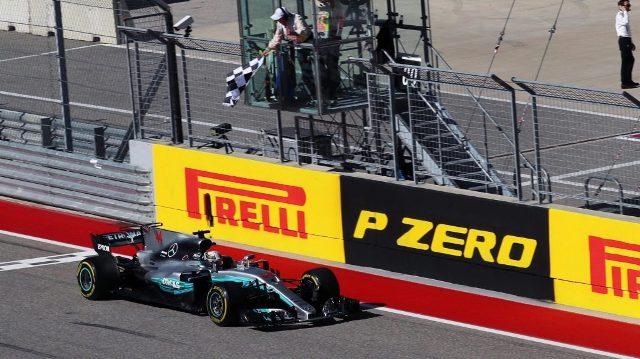 F1 | Estados Unidos 2017 | Carrerón con Hamilton por delante de Vettel