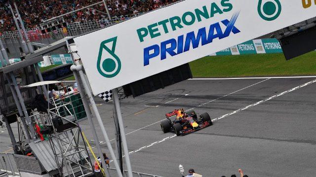 F1 | Malasia 2017 | Verstappen gana y Red Bull hace el 1-3